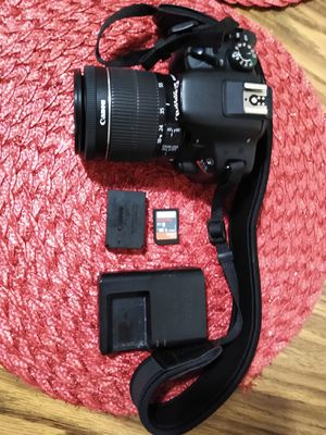 Canon EOS 100D DSLR digital camera for Sale in Denver, CO