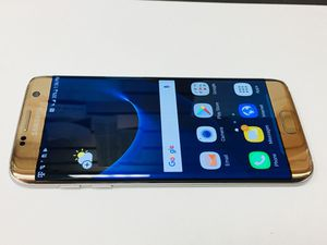 Unlocked Samsung Galaxy S7 Edge Gold. Works with Verizon, att, Tmobile, metro pcs and overseas. Comes with charger. Cash only, price is firm. 32 for Sale in San Francisco, CA