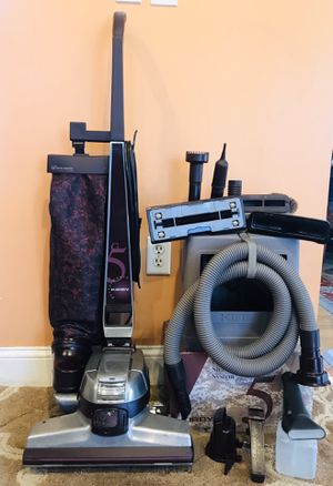 Kirby G5 Vacuum Cleaner W/Attachments & Shampooer for Sale in Raymond, NH