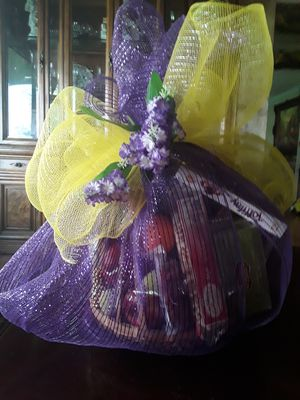 Fruit basket for Sale in Aspen Hill, MD