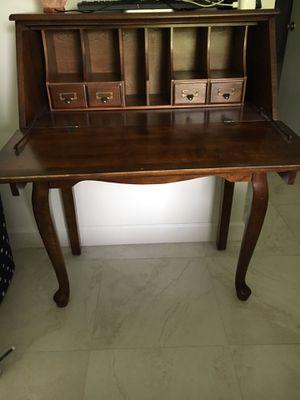 Antique desk beautifull amazing condition for Sale in Miami, FL