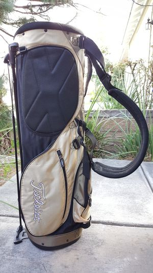 Titleist golf bag for Sale in Fontana, CA