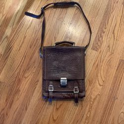 Brand New Leather Messenger Bag 💼 for Sale in Sunnyvale,  CA