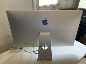 Apple LED Cinema Display (27-inch, Mini DisplayPort) for Sale in Hilldale, PA