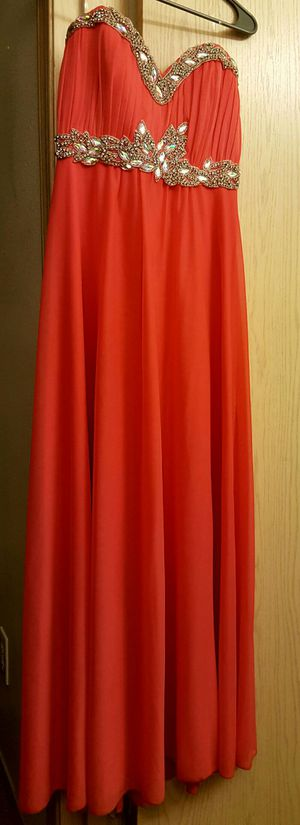 Formal dress/gown for Sale in Saint Robert, MO