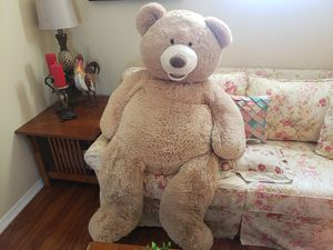 Giant Teddy Bear for Sale in Palmdale, CA
