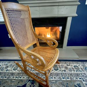 Vintage Rocking Chair- Excellent Condition for Sale in Littleton, CO