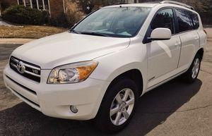 2006 Toyota Rav4 - No leaks - Good AC for Sale in Wichita, KS