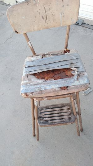 Oid step stool for Sale in Visalia, CA