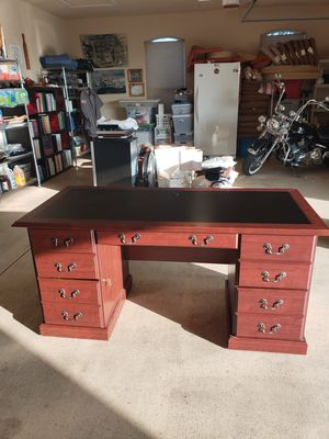 """Sauder Heritage Hill 65"""" W Double-Pedestal Desk, Classic Cherry for Sale in Round Rock, TX"""