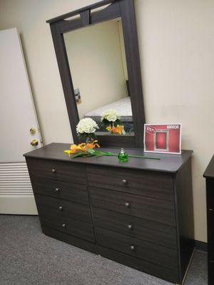 New grey dresser with mirror for Sale in Los Angeles, CA