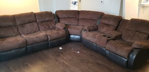 Living room set for FREE for Sale in Bensenville, IL