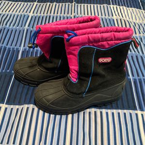Snow Boots Kids for Sale in Gardena, CA