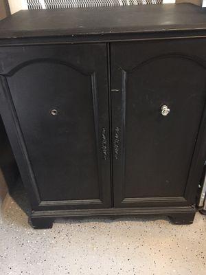 Vintage tv cabinet for Sale in Murrieta, CA