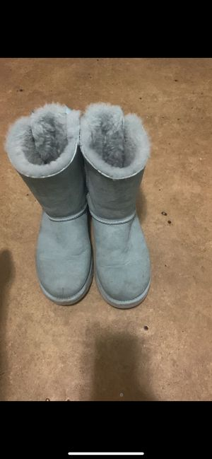 Bailey bow ugg boots for Sale in Cleveland, OH