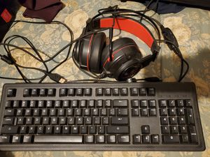 Steelseries USB keyboard and USB BlackWeb gaming headset for PC for Sale in Rialto, CA