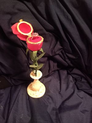 Rose ring box for Sale in Memphis, TN
