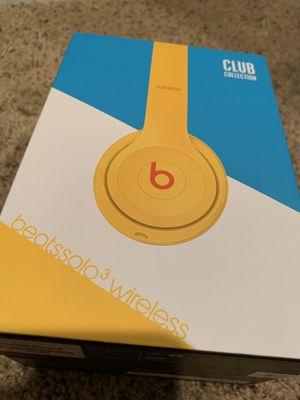 Beats Solo 3 Wireless headphones for Sale in Orange, CA