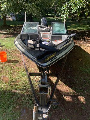 Astro 17fsx for Sale in Stockbridge, GA
