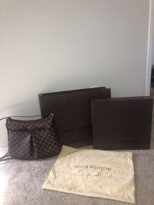 Louis Vuitton Damier Ebene Cross Body Bag, Dust Bag Included as well,Authentic for Sale in Jurupa Valley, CA