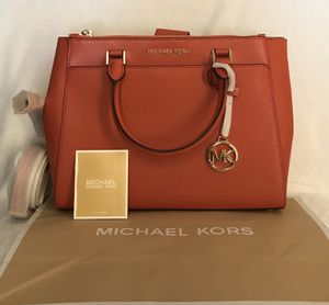 NEW AUTHENTIC Michael Kors Adrienne Large Leather Satchel for Sale in Upland, CA