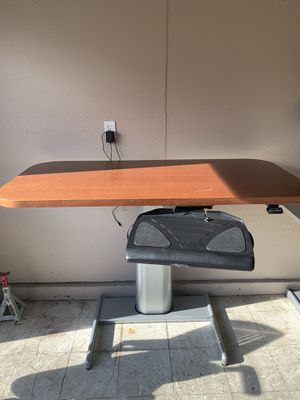 Brown steel case Airtouch table for Sale in Visalia, CA