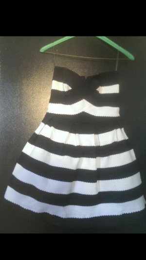 Sm black and white dress for Sale in Hyattsville, MD
