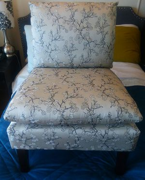 """Gorgeous """"Asian Style Print"""" Chair for Sale in Alexandria, VA"""