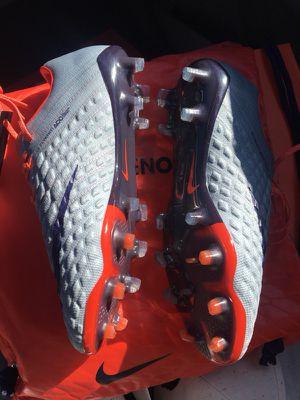 Hypervenom phantom FG ACC shoes 7/5.5y soccer for Sale in Modesto, CA