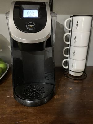 Keurig touchscreen coffee maker for Sale in Los Angeles, CA