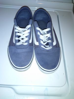 Vans ladies sneaker 8.5 for Sale in Binghamton, NY