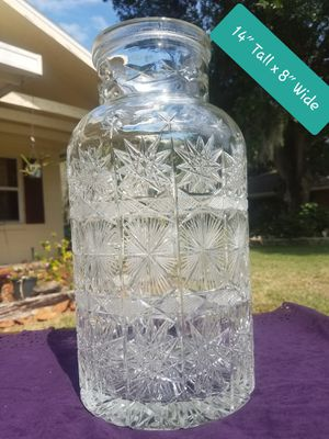 Large crystal vase (very beautiful) for Sale in Winter Haven, FL