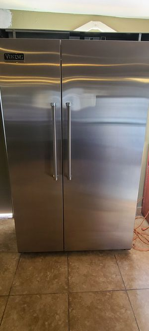 Viking fridge doble oven and microwave for Sale in Phoenix, AZ