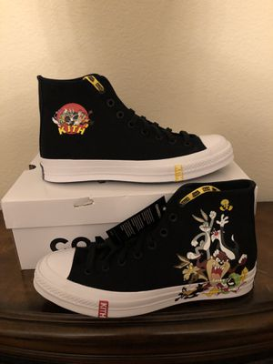 Kith x Looney Tunes x Converse size 9.5 for Sale in Newark, CA