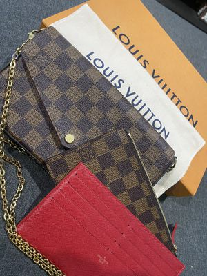 Louis Vuitton FÉLICIE POCHETTE for Sale in Los Angeles, CA