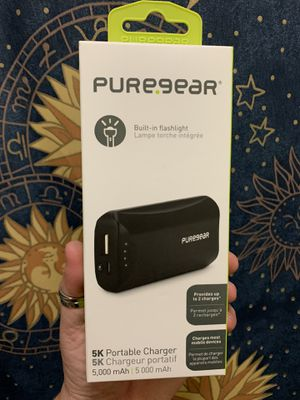 $15 or best offer NEW 5k Portable Charger, Built In Flashlight, Standard USB iPhone Android for Sale in La Puente, CA