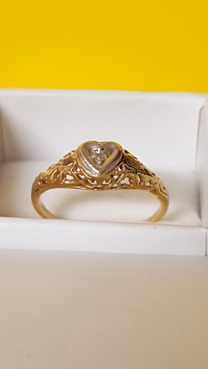 Beautiful Filigree Ring 10k Real gold, Heart style, 1.26grs Size 5 for Sale in Covington, KY