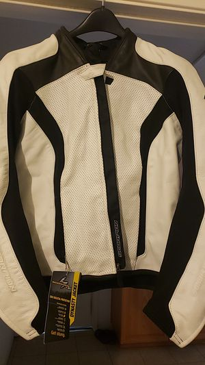 $110 off original price!! White Scorpion Dynasty Motorcycle Jacket Medium brand new w/ tags for Sale in Corona, CA