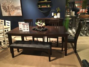 6 PC Dining Set with Extendable Dining Table, Rustic Brown for Sale in Santa Fe Springs, CA