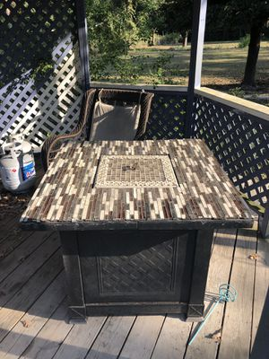 Propane fire pit for Sale in Magnolia, TX