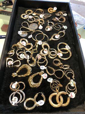 14 kt real gold earrings for Sale in Wolcott, CT