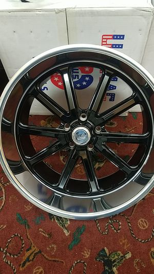 20S USMAGS 22X9/11 5X127 WHEEL TIRE PACKAGE for Sale in Lakewood, WA