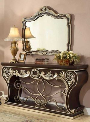 Console table with mirror on sale only at elegant Furniture 🛋🎈 for Sale in Fresno, CA