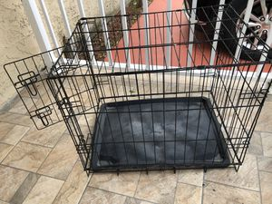 Dog cage / kennel / jaula for Sale in Miami, FL