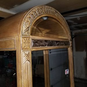 Selling this gorgeous hand crafted china cabinet. for Sale in Chicago, IL