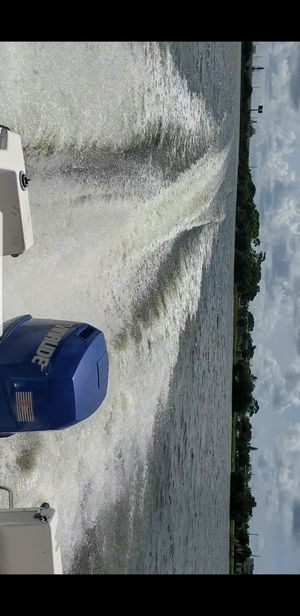 1990 150HP EVINRUDE JOHNSON OUTBOARD for Sale in LAKE CLARKE, FL