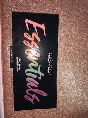 Violet Voss Essentials eyeshadow palette for Sale in Fresno, CA