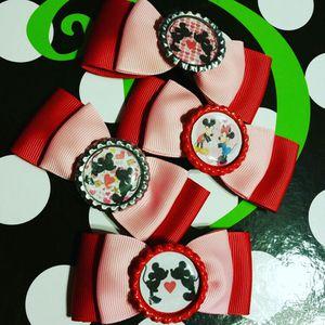 Valentine's mini bows for Sale in Miami, FL