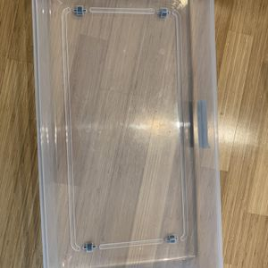 Underbed Plastic Container With Wheels - Midtown for Sale in Brooklyn, NY