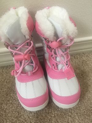 Kids/Toddler Totes snow boots Size 6 for Sale in Newcastle, WA